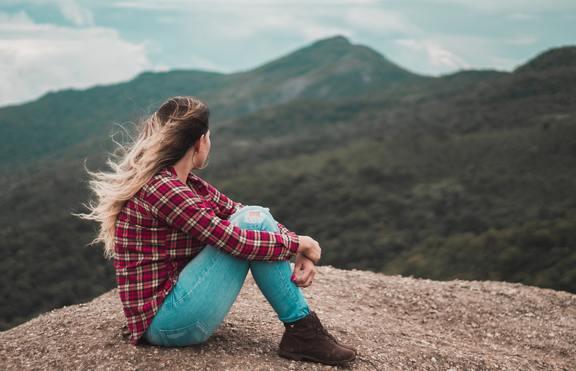 5 зодии, които обичат да остават сами