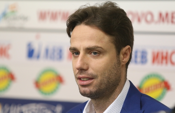 Теодор Салпаров - кръстник на сина на Георги Пеев